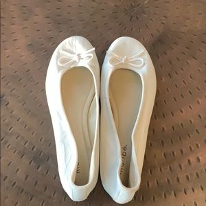 White ballet flats - worn once size 8